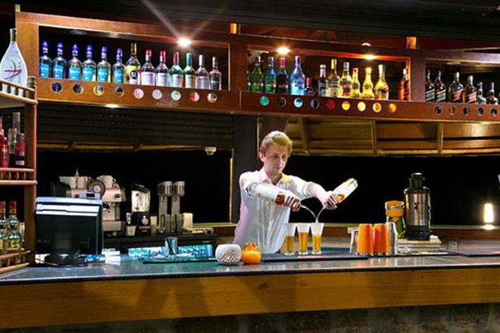 Coral Strand Smart Choice Hotel Deck Bar