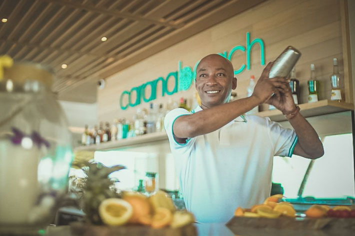 Carana Beach Hotel Cocktail Bar