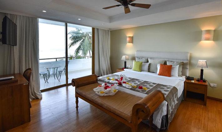 Crown Beach Hotel Room