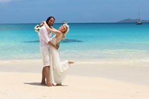 Hochzeit auf Praslin Brautpaar Fotoshoot