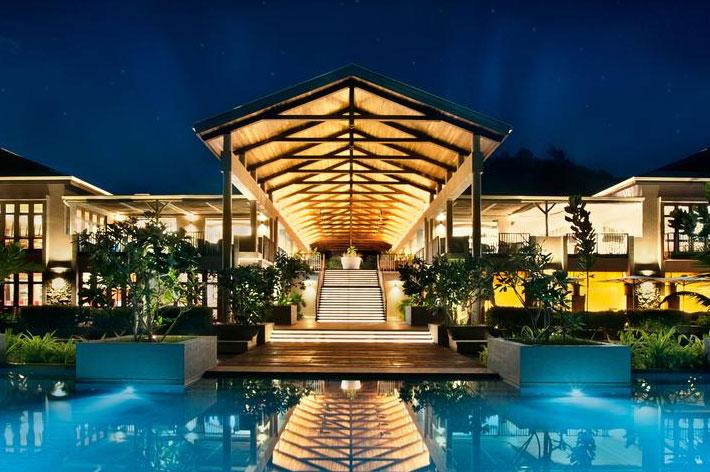 Kempinski Seychelles Resort Lobby