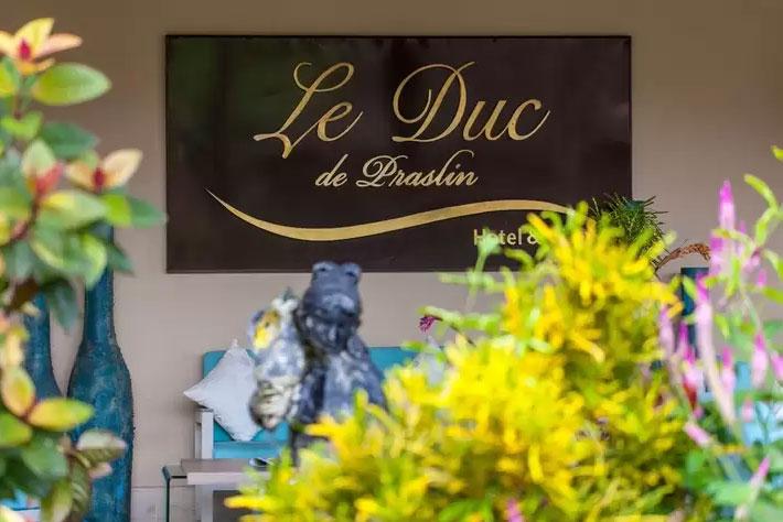 Le Duc de Praslin Entry