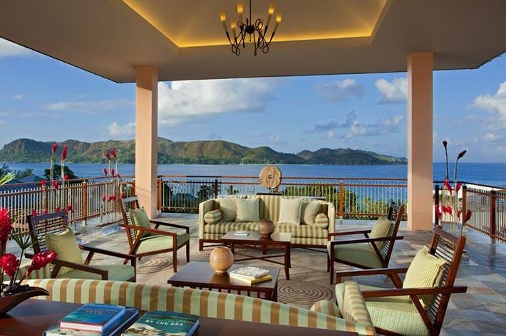 Raffles Seychelles Resort Lounge