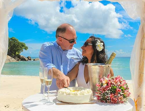 Romantic Island - Hochzeit symbolisch Ehepaar
