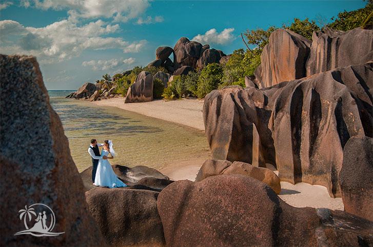 Seychellen Mahe Fotograf Hochzeitspaar La Digue